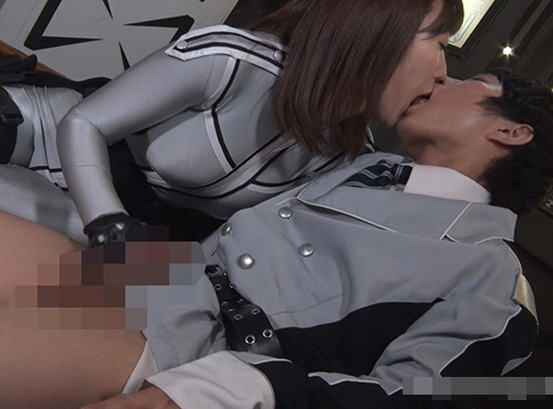 グラマリア星人とアースマンの宇宙人セックス 潮吹き抜け 無い修正動画