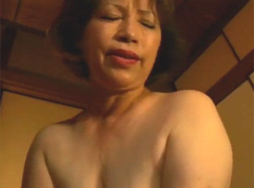 生涯現役の陰乱無動画60女が求める最高のセっクsu無料動画